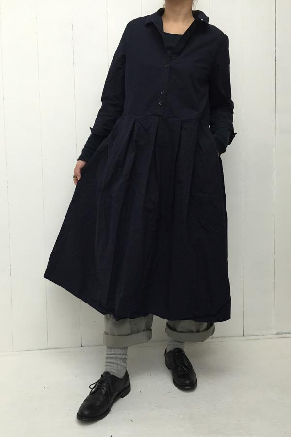 コットン シャツワンピース × 平ダンプ ワイドパンツ style