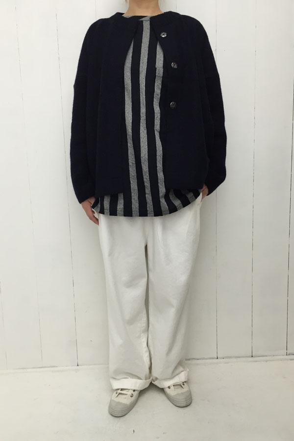 圧縮wool ジャケット × ストライプブラウス style