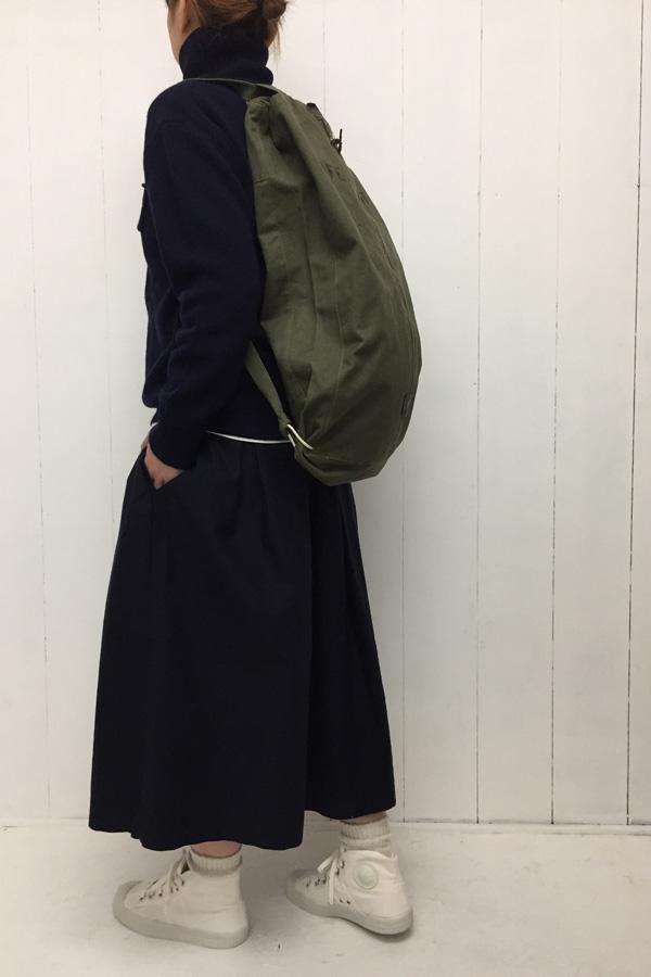 ニットタートル × スカート style