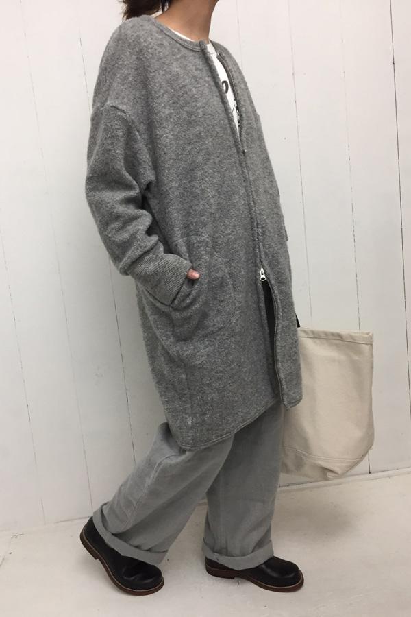 ノーカラー ZIPロングカーディガン × リネンキャンバスピーチ ビッグチノ style