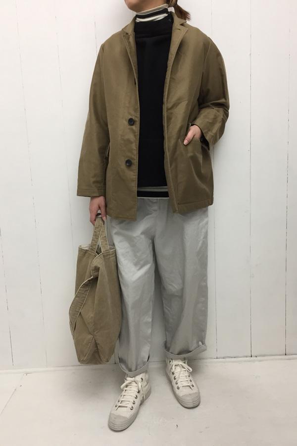 チェスターハーフコート × グロッサリーバッグ style