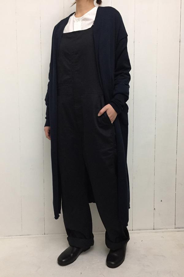 14G天竺編み ロングカーディガン × トラバーユ オーバーオール style