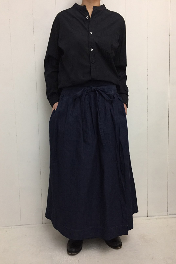 APRON SKIRT × UNRIVALED SHIRTS STAND style