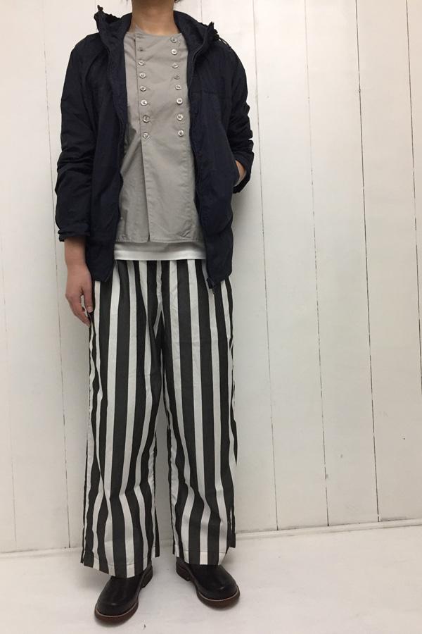 マウンテンパーカー × ストライプ 切替パジャマパンツ style