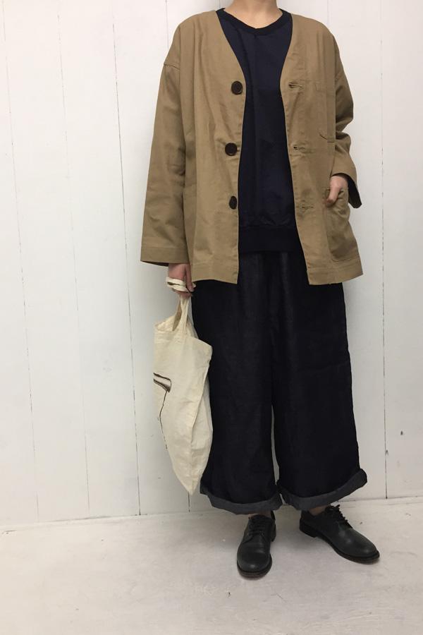 Vネック フレンチジャケット × Vネック ビッグプルオーバー style