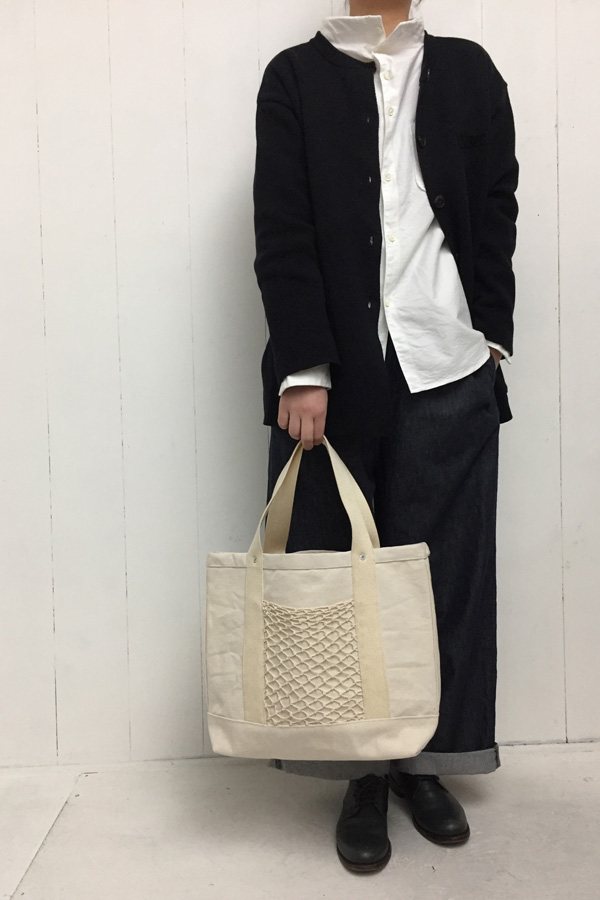 FRANCE LINEN & COTTON ニットジャケット × ガンジーシャツ style