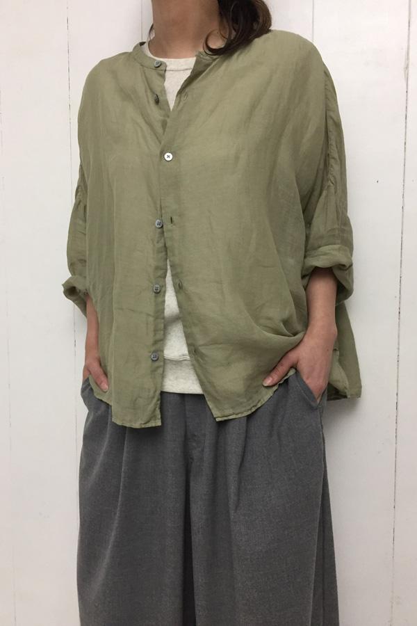 スタンドカラービッグシャツ × ワイドエッグロングパンツ style