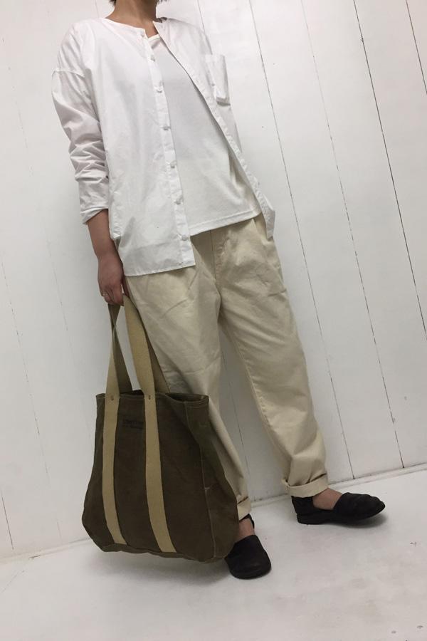 イージーエッグ パンツ × パジャマシャツ style