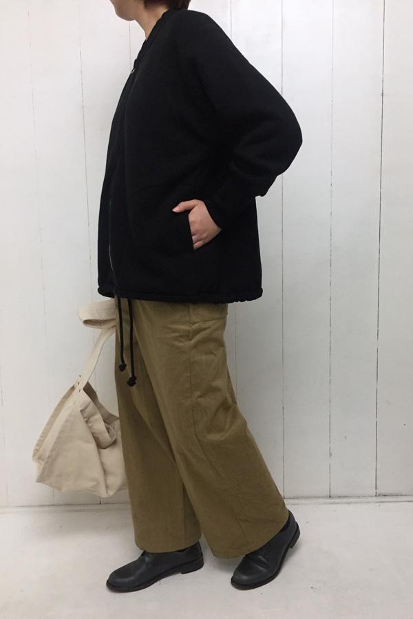 シープ裏毛起毛 ワイドブルゾン × ストレートパンツ style