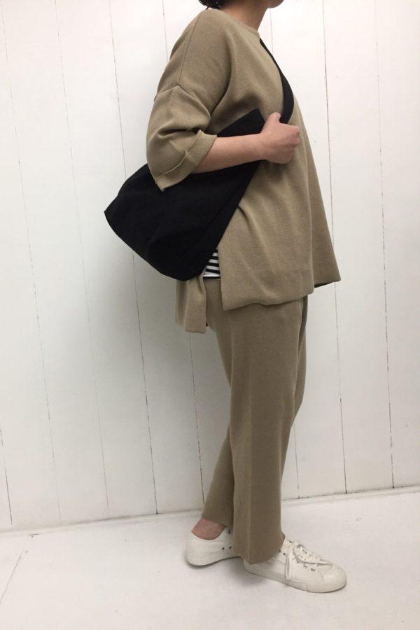 ニット プルオーバーチュニック × ニットパンツ セットアップ style