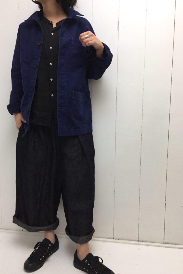 モールスキン ジャケット × ギャザーブラウス style