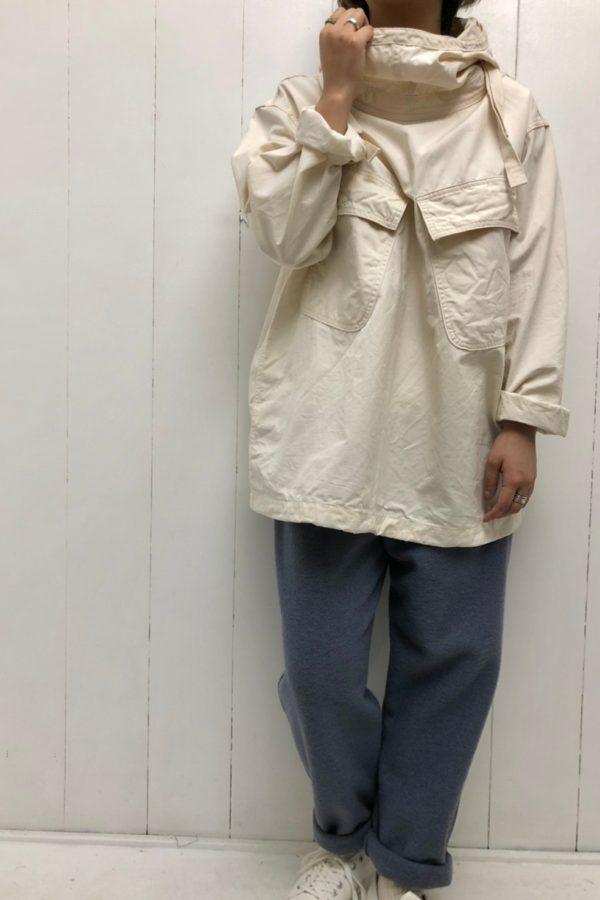 ミリタリーアノラック × スリムドローパンツ style