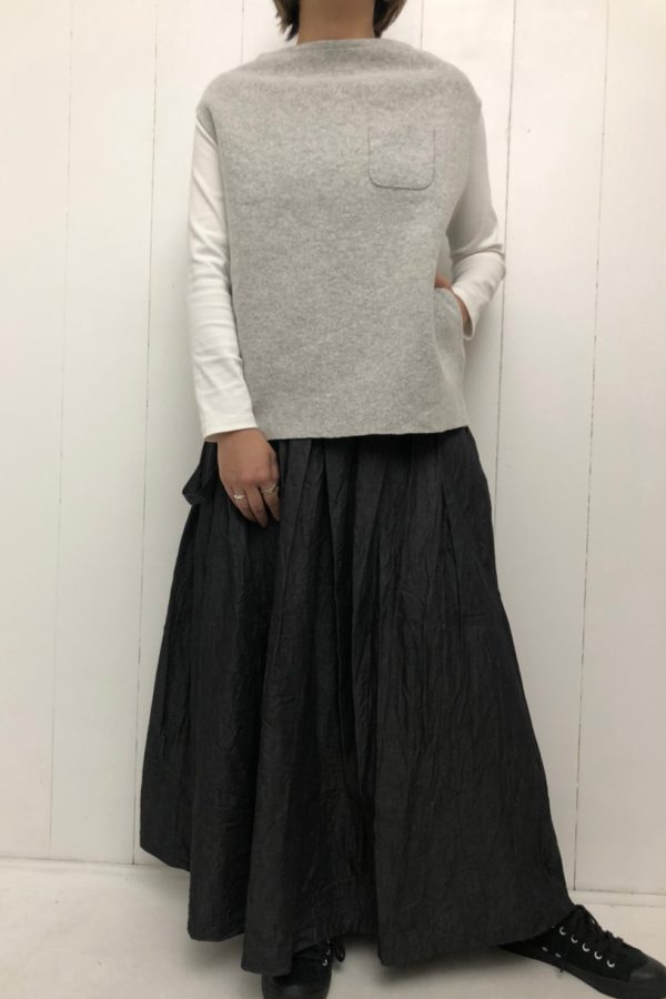 ウールダブルフェイス ベスト × ワンショルダー ロングスカート style