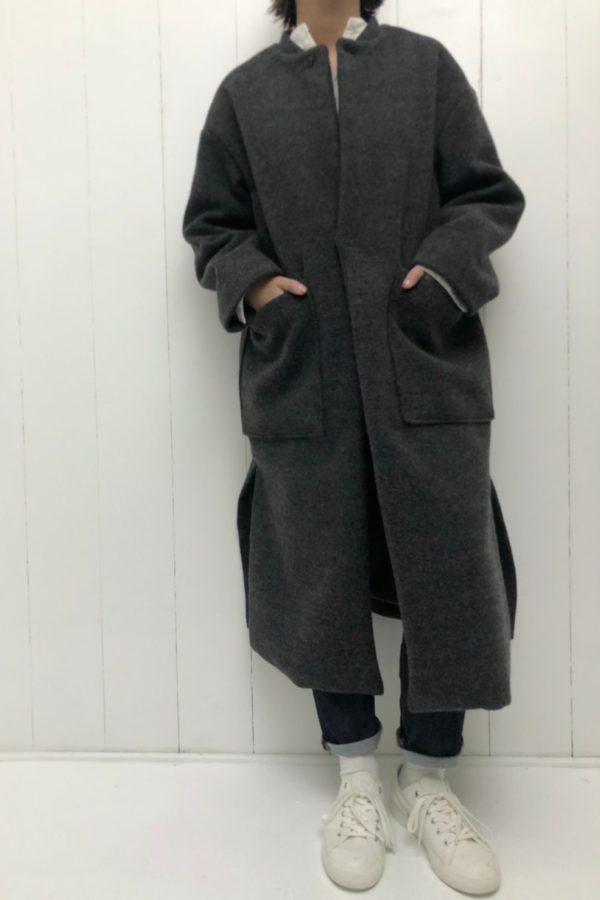 ネルーカラー オーバーコート × 5P レグレットパンツ style