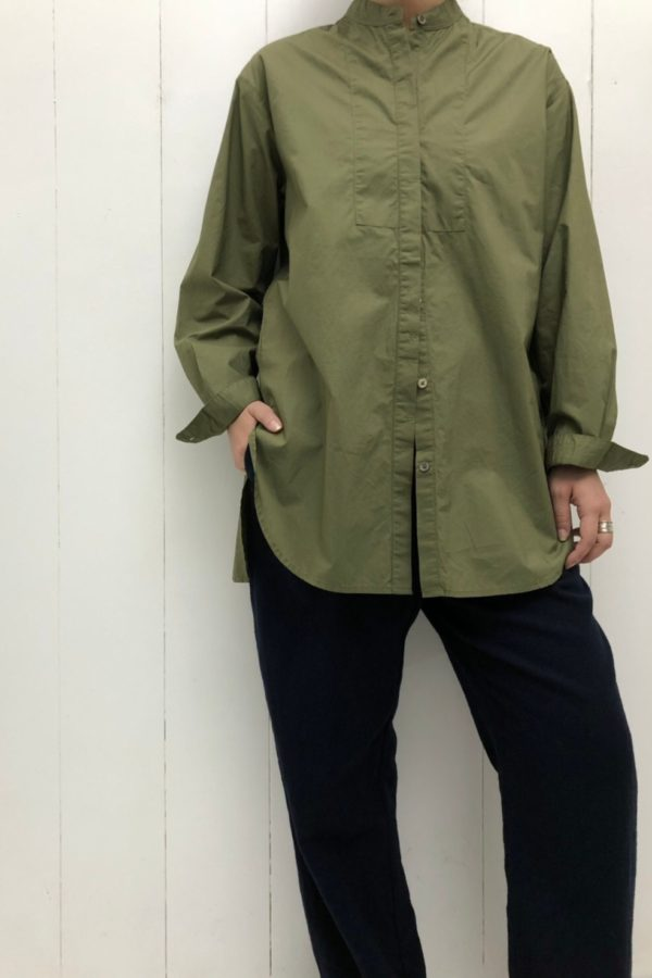 BAND COLLAR LONG SHIRT × ウール綾織 パンツ style