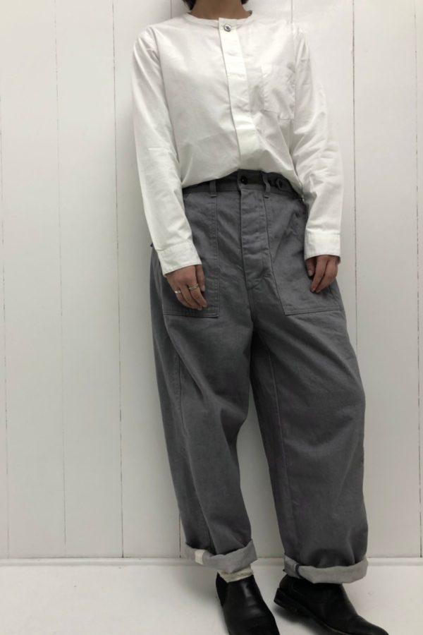 比翼バンドカラーシャツ × JAMES PANTS style