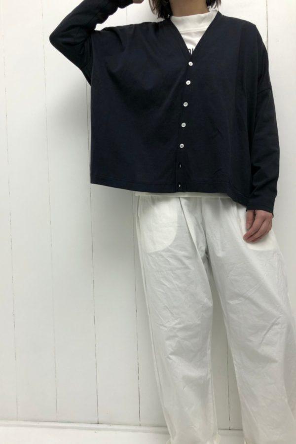 Vネック ビッグカーディガン × アトリエパンツ style