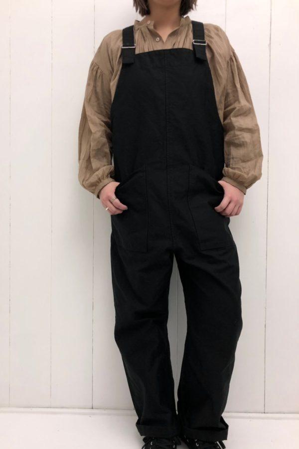 ボリュームピンタックシャツ × オーバーパンツ style
