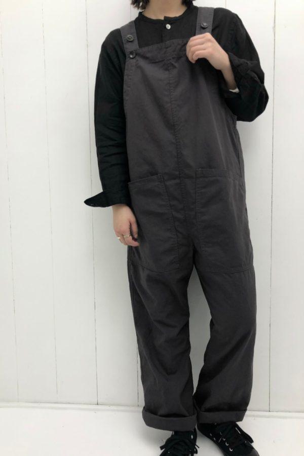 サロペット × バンドカラーシャツ style