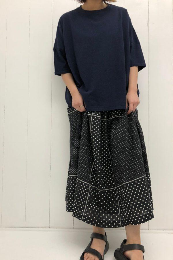 BIG TEE シャツ × パネルドットプリント タックスカート style