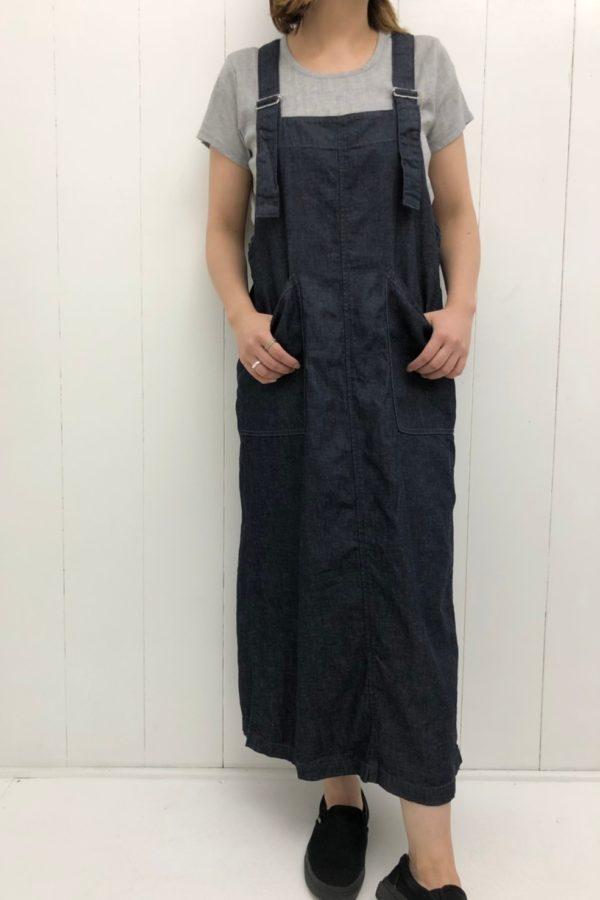 デニム オーバースカート × フレンチスリーブTシャツ style
