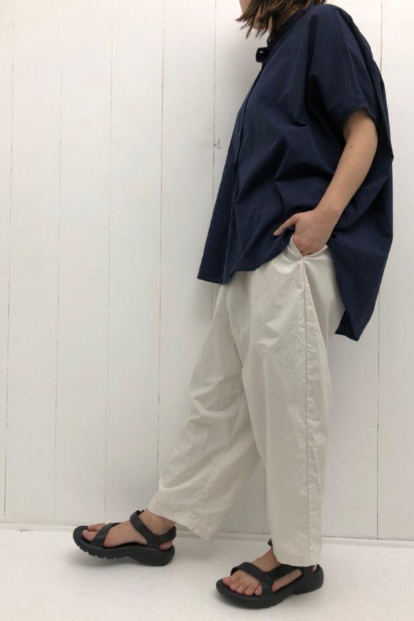 ノースリワイドシャツ × タイプライター イージーパンツ style