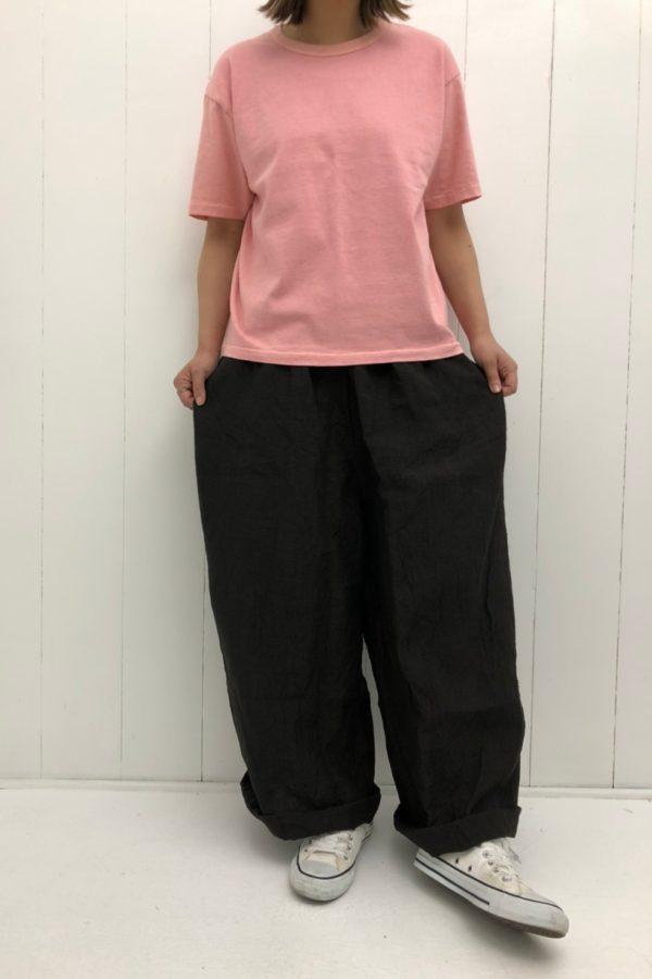 Velva Sheen BOX TEE × LINEN ROOMY LONG PANTS style