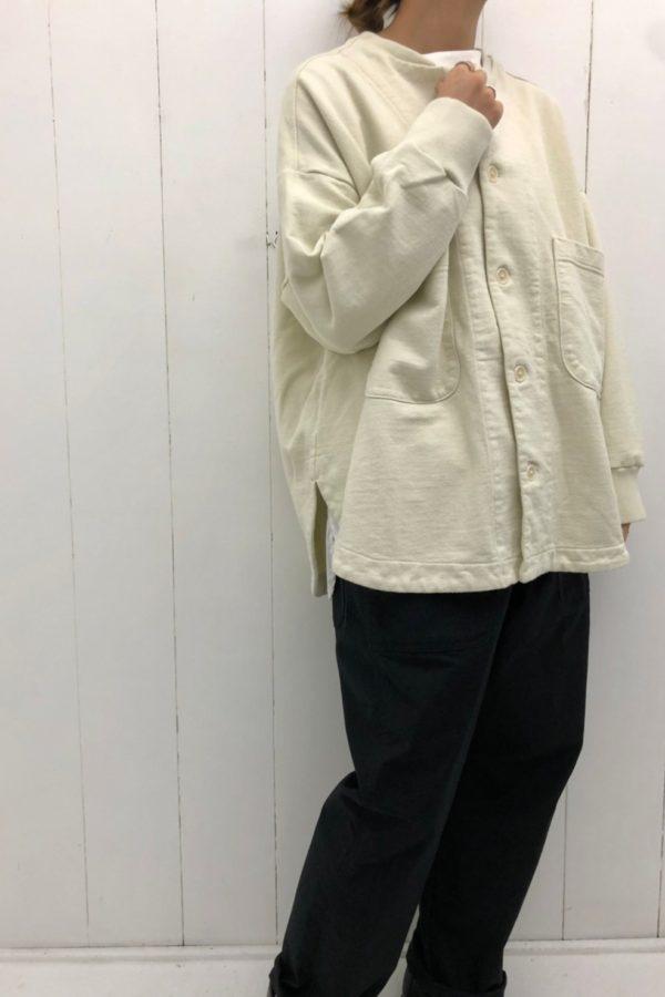ネルーカラーラウンドヘムブルゾン × チノストレッチ ワークパンツ style